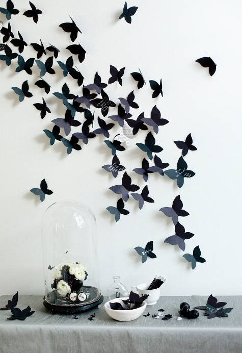 Бабочки на обоях своими руками